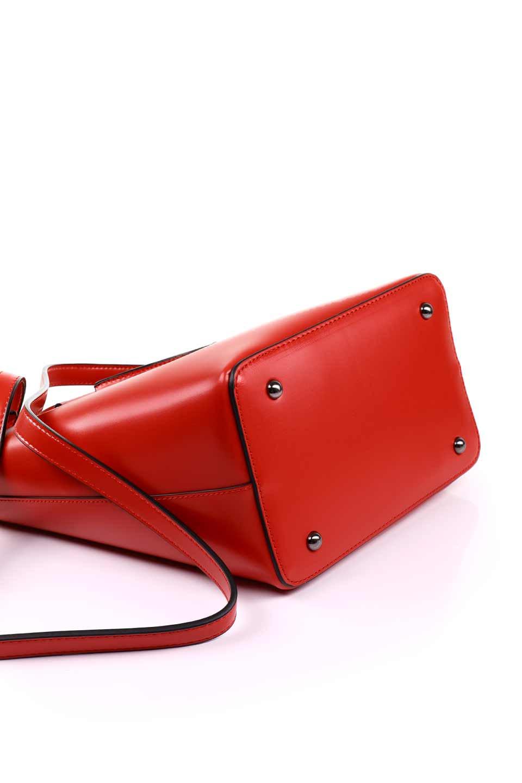 meliebiancoのBlanche(Red)グロスレザー・3WAYハンドバッグ/海外ファッション好きにオススメのインポートバッグとかばん、MelieBianco(メリービアンコ)のバッグやハンドバッグ。しっとりとしたグロスタイプのビーガンレザーを使用した高級感あふれるハンドバッグ。予約の時より店頭で実物をご覧になった方達に人気があるバッグです。/main-18