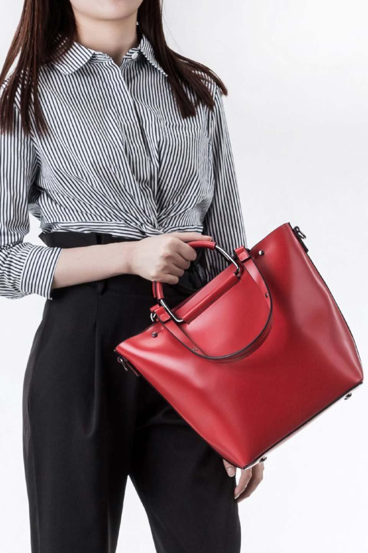 meliebiancoのBlanche(Red)グロスレザー・3WAYハンドバッグ/海外ファッション好きにオススメのインポートバッグとかばん、MelieBianco(メリービアンコ)のバッグやハンドバッグ。しっとりとしたグロスタイプのビーガンレザーを使用した高級感あふれるハンドバッグ。予約の時より店頭で実物をご覧になった方達に人気があるバッグです。/main-9