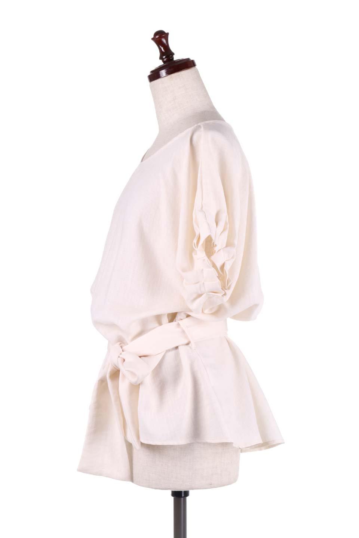 SlubGauzeDolmanBlouseレーヨンスラブガーゼ・ドルマンブラウス大人カジュアルに最適な海外ファッションのothers(その他インポートアイテム)のトップスやシャツ・ブラウス。ムラ糸を使用した夏素材が嬉しいドルマンスリーブのブラウス。生地はレーヨン100%のスラブガーゼでテロテロの質感がです。/main-12