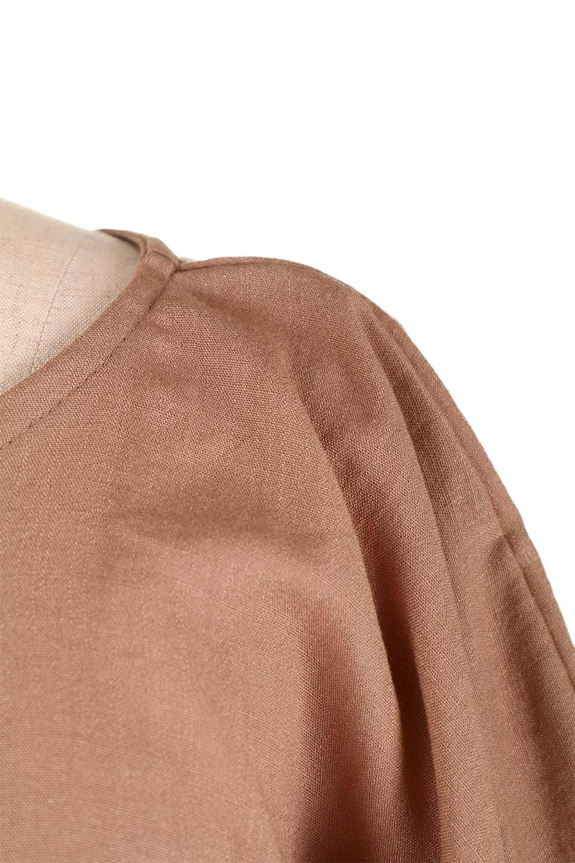 SlubGauzeDolmanBlouseレーヨンスラブガーゼ・ドルマンブラウス大人カジュアルに最適な海外ファッションのothers(その他インポートアイテム)のトップスやシャツ・ブラウス。ムラ糸を使用した夏素材が嬉しいドルマンスリーブのブラウス。生地はレーヨン100%のスラブガーゼでテロテロの質感がです。/main-29
