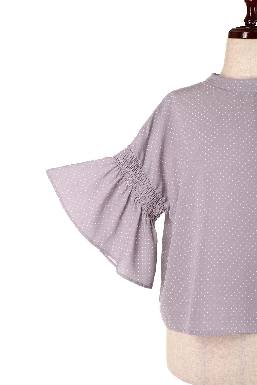 FlareSleeveDottedBlouseドットプリント・フレアスリーブブラウス大人カジュアルに最適な海外ファッションのothers(その他インポートアイテム)のトップスやシャツ・ブラウス。ヒラヒラのフレアスリーブが可愛い水玉模様のブラウス。ドットの柄が小さ目なので子供っぽくならないので人気があります。/main-22