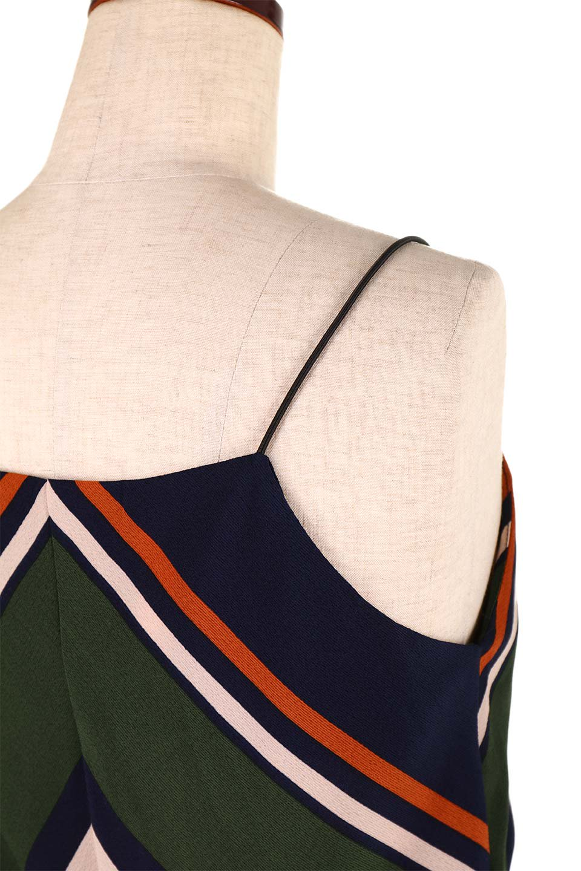MultiStripeSemi-LongDressマルチストライプ・セミロングワンピース大人カジュアルに最適な海外ファッションのothers(その他インポートアイテム)のワンピースやミディワンピース。大人気のマルチストライプ柄のワンピース。再入荷と売り切れを繰り返している当店人気アイテムです。/main-18