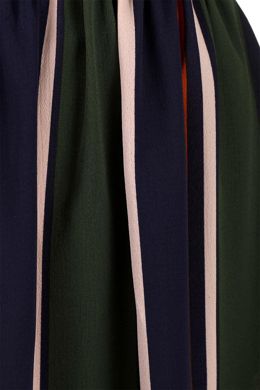MultiStripeSemi-LongDressマルチストライプ・セミロングワンピース大人カジュアルに最適な海外ファッションのothers(その他インポートアイテム)のワンピースやミディワンピース。大人気のマルチストライプ柄のワンピース。再入荷と売り切れを繰り返している当店人気アイテムです。/main-20