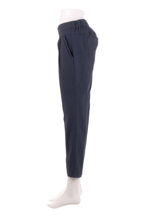 CamelliaOiledHi-StretchPants椿オイル加工・ストレッチ美脚パンツ大人カジュアルに最適な海外ファッションのothers(その他インポートアイテム)のボトムやパンツ。ソフトな風合いの椿オイル加工を施したストレッチ美脚パンツ。当店では「美脚パンツ」の愛称で大人気のパンツです。/main-17