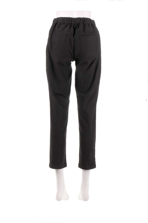 CamelliaOiledHi-StretchPants椿オイル加工・ストレッチ美脚パンツ大人カジュアルに最適な海外ファッションのothers(その他インポートアイテム)のボトムやパンツ。ソフトな風合いの椿オイル加工を施したストレッチ美脚パンツ。当店では「美脚パンツ」の愛称で大人気のパンツです。/main-29
