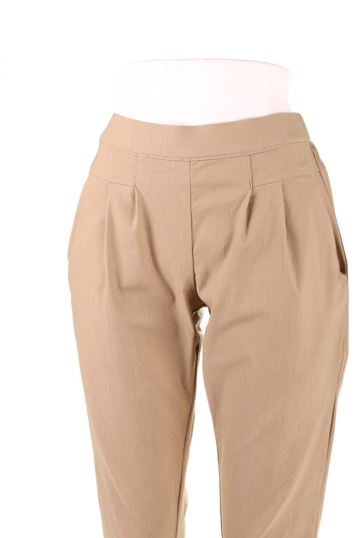 CamelliaOiledHi-StretchPants椿オイル加工・ストレッチ美脚パンツ大人カジュアルに最適な海外ファッションのothers(その他インポートアイテム)のボトムやパンツ。ソフトな風合いの椿オイル加工を施したストレッチ美脚パンツ。当店では「美脚パンツ」の愛称で大人気のパンツです。/main-35
