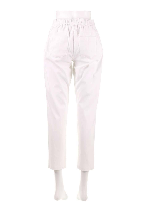 CamelliaOiledHi-StretchPants椿オイル加工・ストレッチ美脚パンツ大人カジュアルに最適な海外ファッションのothers(その他インポートアイテム)のボトムやパンツ。ソフトな風合いの椿オイル加工を施したストレッチ美脚パンツ。当店では「美脚パンツ」の愛称で大人気のパンツです。/main-9