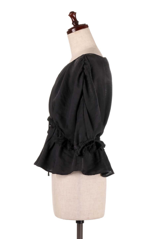 OpenBackGatherBlouse変形ドルマン・ギャザーブラウス大人カジュアルに最適な海外ファッションのothers(その他インポートアイテム)のトップスやシャツ・ブラウス。凹凸感のあるテロテロ生地が気持ち良いドルマンスリーブのブラウス。袖の部分は2段階に膨らんだ変形タイプのドルマンスリーブ。/main-17