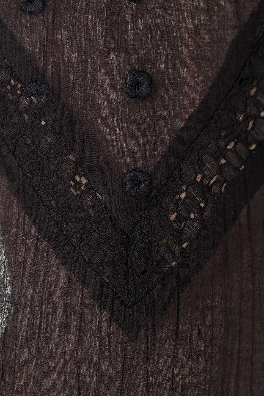 LOVESTITCHのAnyaTop(Black)刺繍入りコットンガーゼブラウス/海外ファッションが好きな大人カジュアルのためのLOVESTITCH(ラブステッチ)のトップスやシャツ・ブラウス。ボヘミアンテイストのショート丈コットンガーゼブラウス。ガーゼの透け感が上品で夏らしいアイテム。/main-10