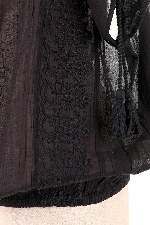 LOVESTITCHのAnyaTop(Black)刺繍入りコットンガーゼブラウス/海外ファッションが好きな大人カジュアルのためのLOVESTITCH(ラブステッチ)のトップスやシャツ・ブラウス。ボヘミアンテイストのショート丈コットンガーゼブラウス。ガーゼの透け感が上品で夏らしいアイテム。/main-14