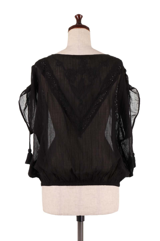 LOVESTITCHのAnyaTop(Black)刺繍入りコットンガーゼブラウス/海外ファッションが好きな大人カジュアルのためのLOVESTITCH(ラブステッチ)のトップスやシャツ・ブラウス。ボヘミアンテイストのショート丈コットンガーゼブラウス。ガーゼの透け感が上品で夏らしいアイテム。/main-4