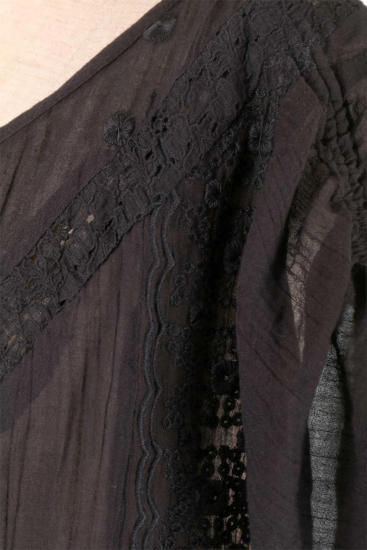 LOVESTITCHのAnyaTop(Black)刺繍入りコットンガーゼブラウス/海外ファッションが好きな大人カジュアルのためのLOVESTITCH(ラブステッチ)のトップスやシャツ・ブラウス。ボヘミアンテイストのショート丈コットンガーゼブラウス。ガーゼの透け感が上品で夏らしいアイテム。/main-8
