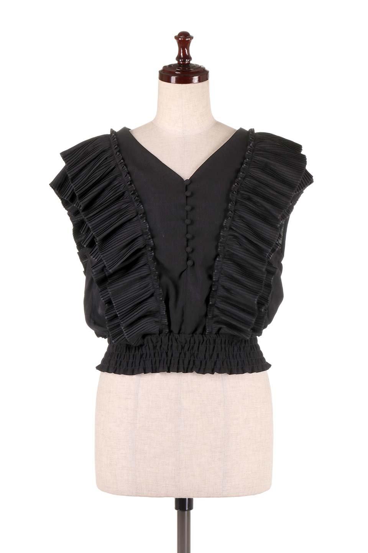 PleatedFrillingBlouseプリーツフリルブラウス大人カジュアルに最適な海外ファッションのothers(その他インポートアイテム)のトップスやシャツ・ブラウス。細かいプリーツのフリルが可愛いショート丈のブラウス。胸から肩をまたいで腰の部分までボリュームたっぷりのフリルが特徴。/main-15