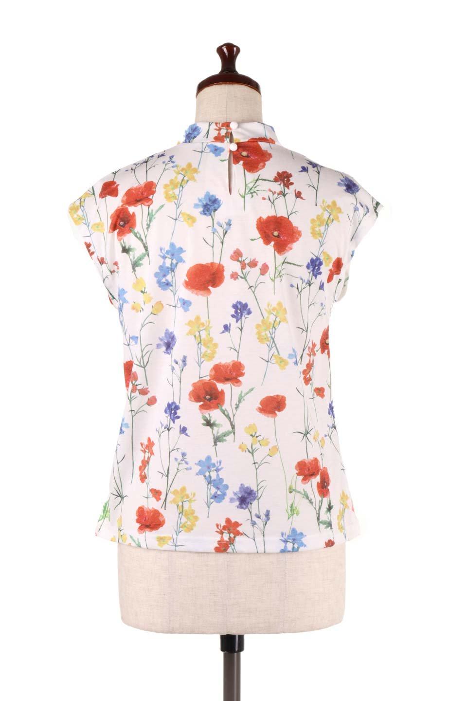 StandNeckFlowerTopスタンドカラー花柄トップス大人カジュアルに最適な海外ファッションのothers(その他インポートアイテム)のトップスやカットソー。可愛らしい花柄のノースリーブトップス。水彩画のような花のプリントにウォッシュ加工が施され、カジュアルな雰囲気です。/main-9