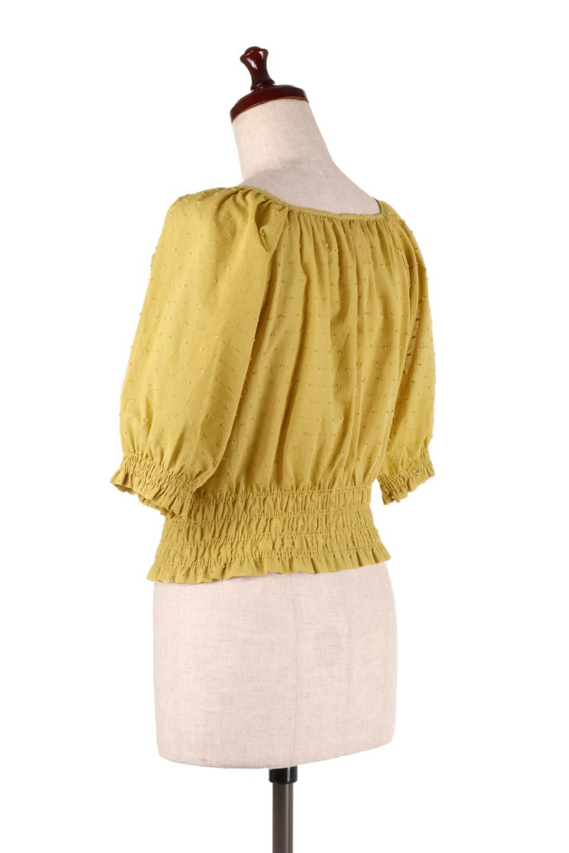 PuffSleeveCut-DobbyBlouseパフスリーブ・カットドビーブラウス大人カジュアルに最適な海外ファッションのothers(その他インポートアイテム)のトップスやシャツ・ブラウス。ショート丈のパフスリーブ・カットドビーブラウス。ポツポツと見えるドビー織が可愛いアイテム。/main-8