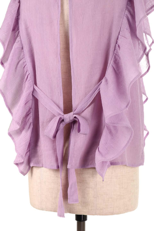 FrilledOpenBackBlouseオープンバック・フリルブラウス大人カジュアルに最適な海外ファッションのothers(その他インポートアイテム)のトップスやシャツ・ブラウス。ボリューム感のあるフリルが可愛いオープンバックのブラウス。肩から裾にかけての大き目フリルが体系隠し効果にもなる人気アイテム。/main-22