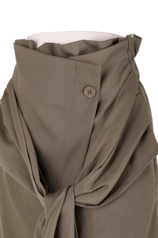 RibbonTiedAsymmetricalSkirtアシメントリー・リボンスカート大人カジュアルに最適な海外ファッションのothers(その他インポートアイテム)のボトムやスカート。フロントの大きなリボンがアクセントのアシメントリースカート。タイト目のスカートを両サイドから包み込むようなデザインです。/main-24