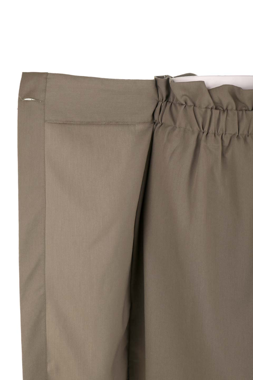 RibbonTiedAsymmetricalSkirtアシメントリー・リボンスカート大人カジュアルに最適な海外ファッションのothers(その他インポートアイテム)のボトムやスカート。フロントの大きなリボンがアクセントのアシメントリースカート。タイト目のスカートを両サイドから包み込むようなデザインです。/main-25