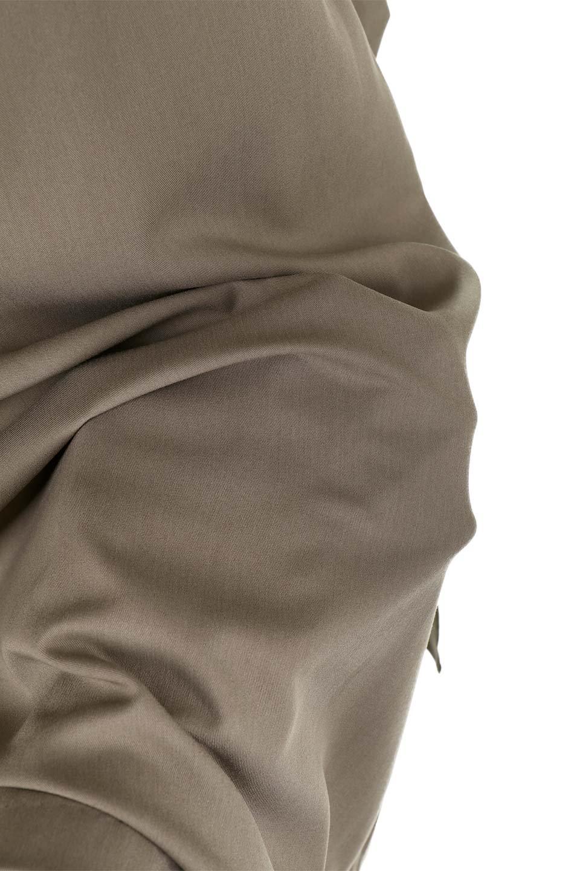 RibbonTiedAsymmetricalSkirtアシメントリー・リボンスカート大人カジュアルに最適な海外ファッションのothers(その他インポートアイテム)のボトムやスカート。フロントの大きなリボンがアクセントのアシメントリースカート。タイト目のスカートを両サイドから包み込むようなデザインです。/main-29