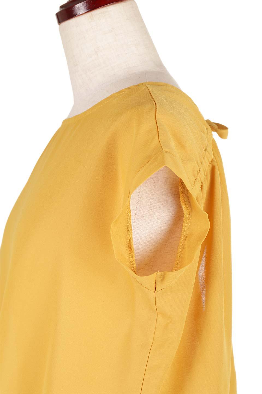 SleevelessOpenBackBlouseノースリーブ・オープンバックブラウス大人カジュアルに最適な海外ファッションのothers(その他インポートアイテム)のトップスやシャツ・ブラウス。背中が開いたオープンバックスタイルのノースリーブブラウス。透け感のある涼しげで大人ぽいアイテムです。/main-22