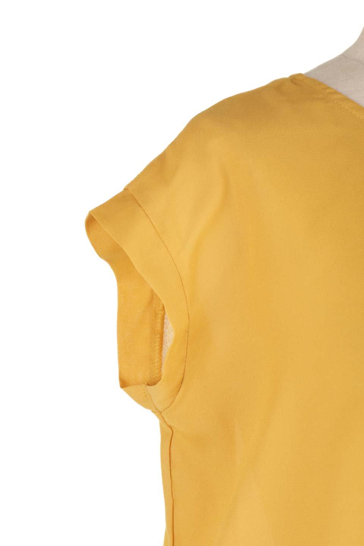 SleevelessOpenBackBlouseノースリーブ・オープンバックブラウス大人カジュアルに最適な海外ファッションのothers(その他インポートアイテム)のトップスやシャツ・ブラウス。背中が開いたオープンバックスタイルのノースリーブブラウス。透け感のある涼しげで大人ぽいアイテムです。/main-23