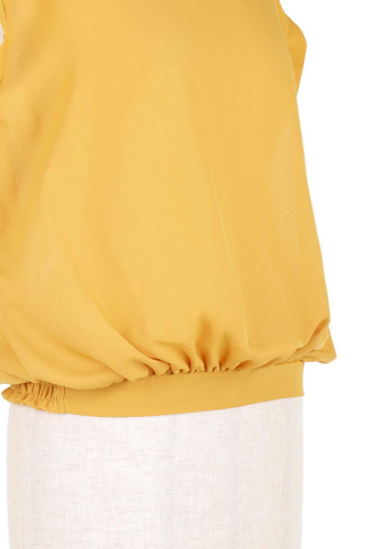 SleevelessOpenBackBlouseノースリーブ・オープンバックブラウス大人カジュアルに最適な海外ファッションのothers(その他インポートアイテム)のトップスやシャツ・ブラウス。背中が開いたオープンバックスタイルのノースリーブブラウス。透け感のある涼しげで大人ぽいアイテムです。/main-25