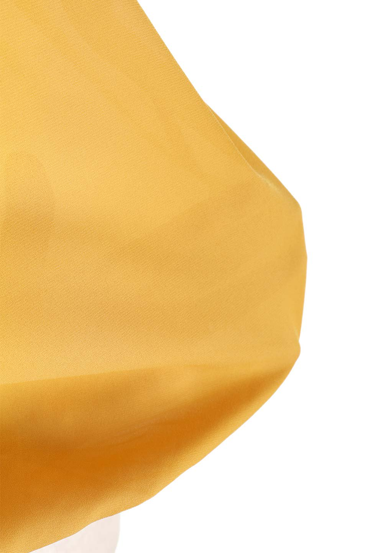SleevelessOpenBackBlouseノースリーブ・オープンバックブラウス大人カジュアルに最適な海外ファッションのothers(その他インポートアイテム)のトップスやシャツ・ブラウス。背中が開いたオープンバックスタイルのノースリーブブラウス。透け感のある涼しげで大人ぽいアイテムです。/main-28
