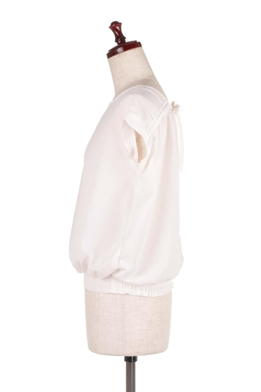 SleevelessOpenBackBlouseノースリーブ・オープンバックブラウス大人カジュアルに最適な海外ファッションのothers(その他インポートアイテム)のトップスやシャツ・ブラウス。背中が開いたオープンバックスタイルのノースリーブブラウス。透け感のある涼しげで大人ぽいアイテムです。/main-7