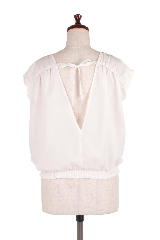 SleevelessOpenBackBlouseノースリーブ・オープンバックブラウス大人カジュアルに最適な海外ファッションのothers(その他インポートアイテム)のトップスやシャツ・ブラウス。背中が開いたオープンバックスタイルのノースリーブブラウス。透け感のある涼しげで大人ぽいアイテムです。/main-9
