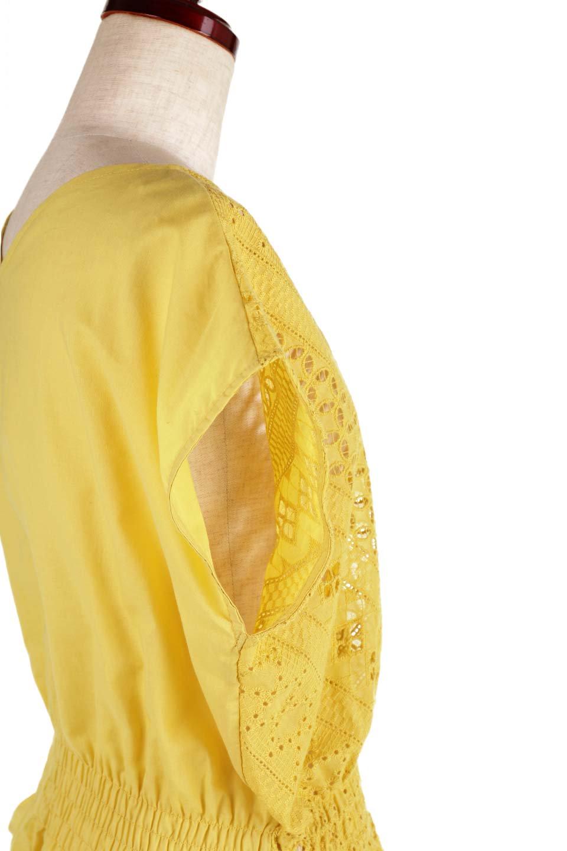EyeletlaceBlouseアイレットレースブラウス大人カジュアルに最適な海外ファッションのothers(その他インポートアイテム)のトップスやシャツ・ブラウス。アイレットレースでデザインしたノースリーブブラウス。Vゾーンから広がるアイレットレースが可愛いアイテムです。/main-21