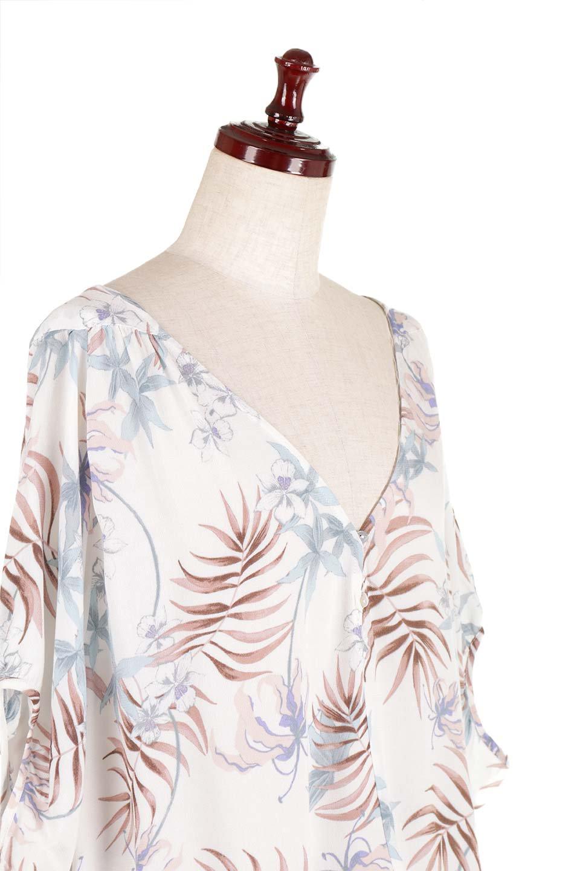 LOVESTITCHのNemaTopボタニカルプリント・ドルマンブラウス/海外ファッションが好きな大人カジュアルのためのLOVESTITCH(ラブステッチ)のトップスやシャツ・ブラウス。優しい配色のボタニカルプリントが涼しげなドルマンスリーブの半袖ブラウス。とにかく重宝するラブステッチのブラウス。/main-14