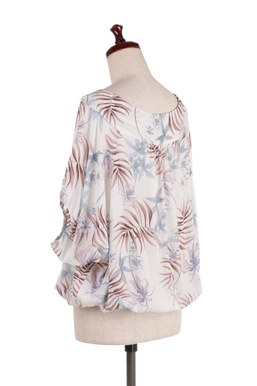 LOVESTITCHのNemaTopボタニカルプリント・ドルマンブラウス/海外ファッションが好きな大人カジュアルのためのLOVESTITCH(ラブステッチ)のトップスやシャツ・ブラウス。優しい配色のボタニカルプリントが涼しげなドルマンスリーブの半袖ブラウス。とにかく重宝するラブステッチのブラウス。/main-3