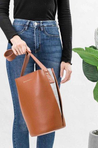 海外ファッションや大人カジュアルのためのインポートバッグ、かばんmelie bianco(メリービアンコ)のLuna (Saddle)