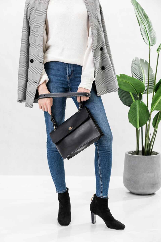 meliebiancoのMadison(Burgundy)/海外ファッション好きにオススメのインポートバッグとかばん、MelieBianco(メリービアンコ)のバッグやショルダーバッグ。meliebianco(メリービアンコ)の2018年秋冬の新作になります。メリービアンコ自慢のビーガンレザーを使用したアニマルフレンドリーなアイテム。/main-5