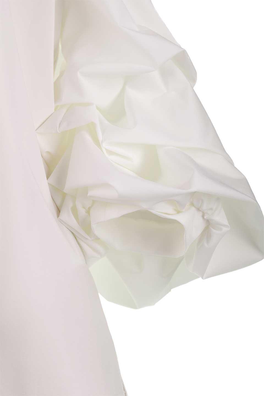 JosephRibkoffのTop#1834233段バルーンスリーブ・ブラウス/JosephRibkoffのトップスやシャツ・ブラウス。袖にボリュームをもたせて、ふんわりとしたイメージを醸し出すブラウス。オフショルダーと大きすぎないルーズサイズのデザインです。/main-10