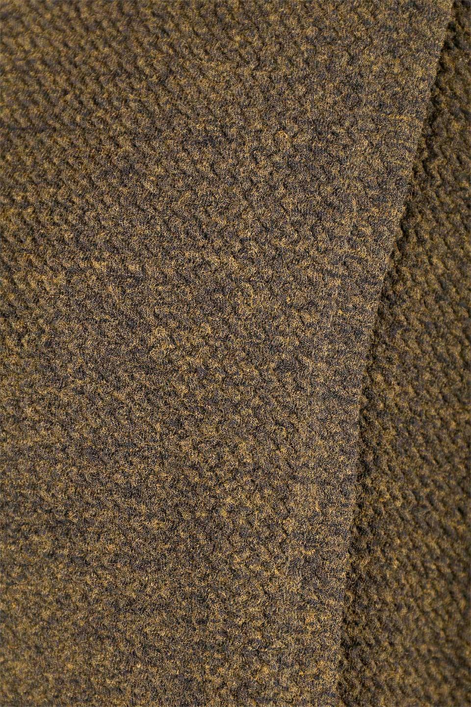 JosephRibkoffのTunic#183322ツイストネック・フィッシュテールチュニック/JosephRibkoffのトップスやニット・セーター。シンプルですがデザイン性の高いニットのコクーンプルオーバー。ネジリを加えたタートルネックが可愛いポイント細身の袖がゆったりシルエットをスッキリ見せてくれます。/main-14