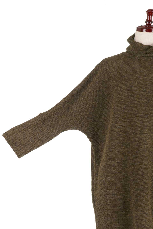 JosephRibkoffのTunic#183322ツイストネック・フィッシュテールチュニック/JosephRibkoffのトップスやニット・セーター。シンプルですがデザイン性の高いニットのコクーンプルオーバー。ネジリを加えたタートルネックが可愛いポイント細身の袖がゆったりシルエットをスッキリ見せてくれます。/main-15
