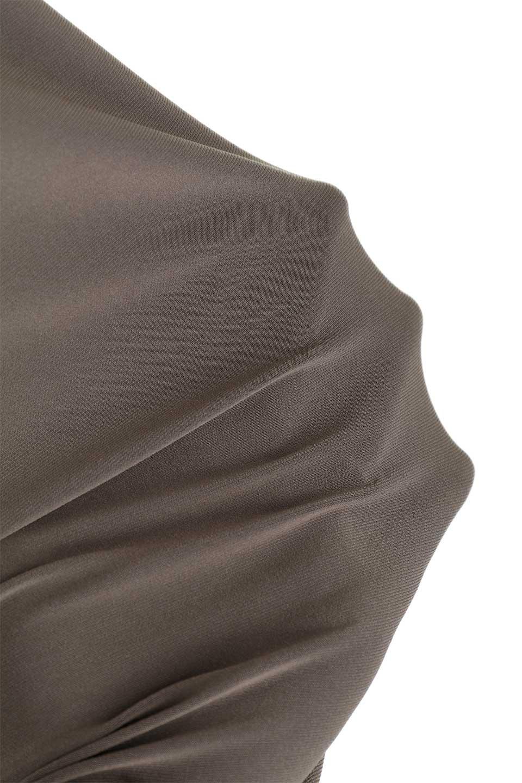 JosephRibkoffのTunic#183176変形カウルネック・ライン入りチュニック/JosephRibkoffのトップスやシャツ・ブラウス。フレンチスリーブからサイドにかけてのラインがスポーティーな雰囲気のチュニック。海外ではすでに定番化しているアスレジャーをジョセフリブコフ独特な上品さで仕上げたようなアイテムです。/main-16