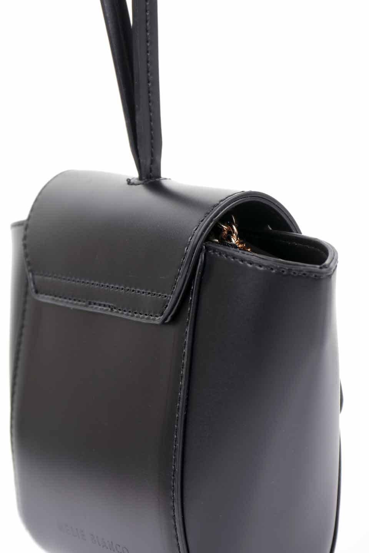 meliebiancoのAdele(Black)/海外ファッション好きにオススメのインポートバッグとかばん、MelieBianco(メリービアンコ)のバッグやショルダーバッグ。小ぶりで可愛らしいミニショルダーバッグ。半艶加工のセミグロス・ビーガンレザーを使用し、なめらかな質感が高級感を醸し出します。/main-11