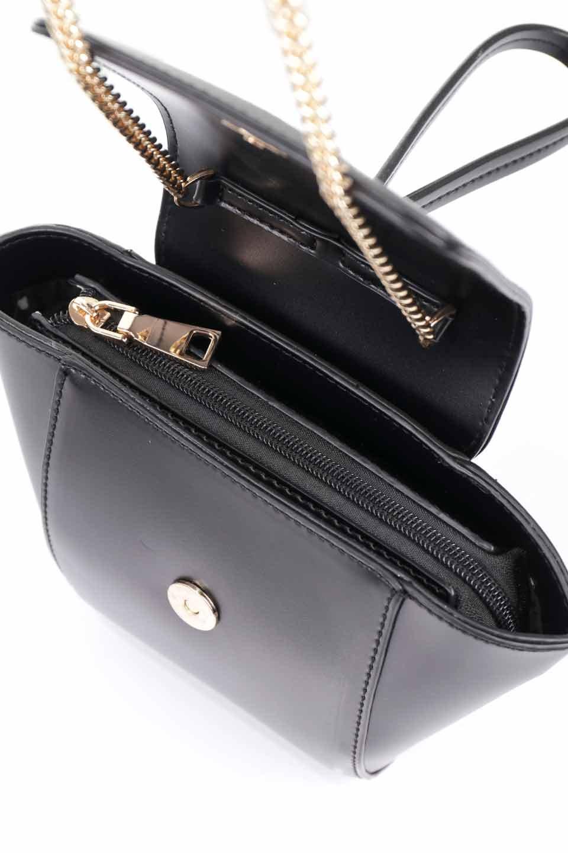 meliebiancoのAdele(Black)/海外ファッション好きにオススメのインポートバッグとかばん、MelieBianco(メリービアンコ)のバッグやショルダーバッグ。小ぶりで可愛らしいミニショルダーバッグ。半艶加工のセミグロス・ビーガンレザーを使用し、なめらかな質感が高級感を醸し出します。/main-19