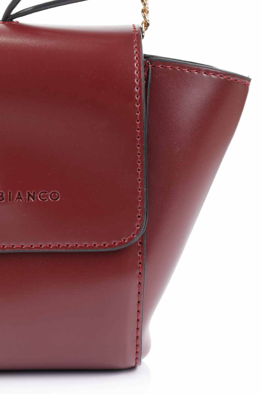 meliebiancoのAdele(Burgundy)/海外ファッション好きにオススメのインポートバッグとかばん、MelieBianco(メリービアンコ)のバッグやショルダーバッグ。小ぶりで可愛らしいミニショルダーバッグ。半艶加工のセミグロス・ビーガンレザーを使用し、なめらかな質感が高級感を醸し出します。/main-18