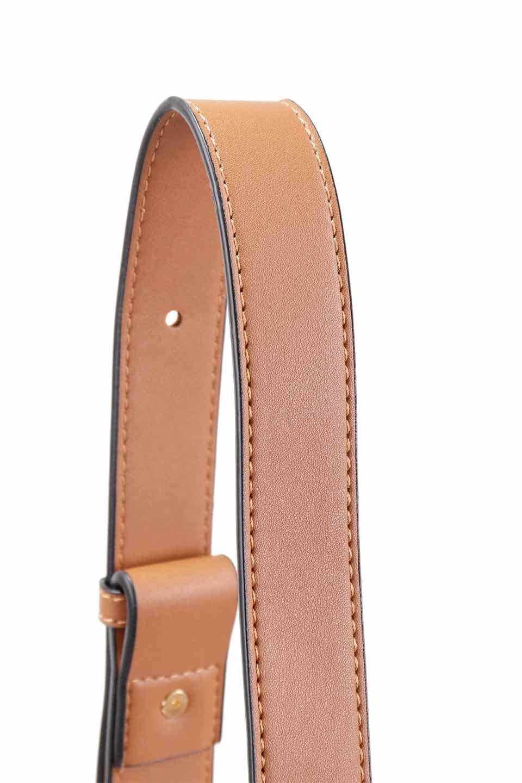 meliebiancoのPiper(Saddle)/海外ファッション好きにオススメのインポートバッグとかばん、MelieBianco(メリービアンコ)のバッグやショルダーバッグ。メリービアンコの中でも根強い人気のラウンドタイプのショルダーバッグ。芯入りのなので型くずれしにくく、綺麗なアーチを保ちます。/main-10