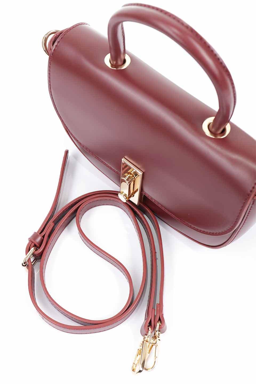 meliebiancoのAlba(Burgundy)/海外ファッション好きにオススメのインポートバッグとかばん、MelieBianco(メリービアンコ)のバッグやショルダーバッグ。高級感のあるセミグロスのビーガンレザーを使用した2Wayハンドバッグ。しっとりとしたツヤ感がとても素敵なバッグです。/main-12