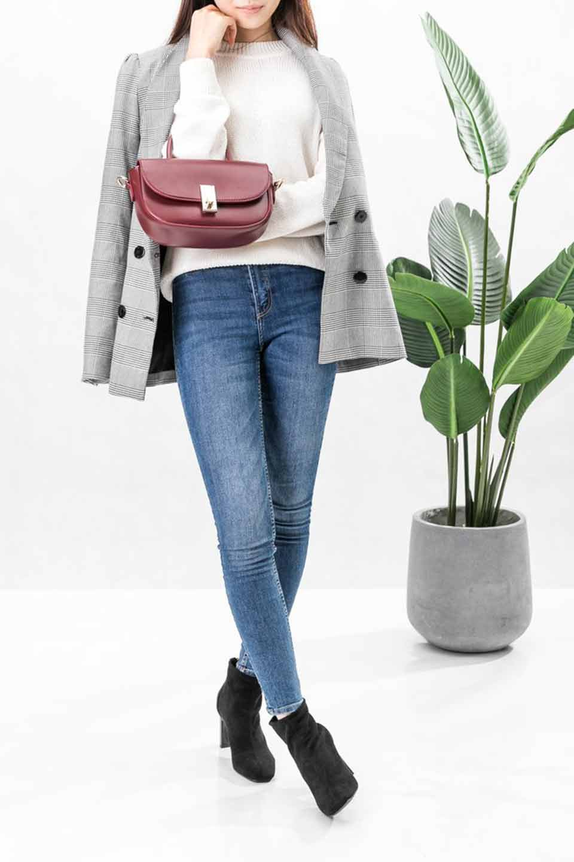 meliebiancoのAlba(Burgundy)/海外ファッション好きにオススメのインポートバッグとかばん、MelieBianco(メリービアンコ)のバッグやショルダーバッグ。高級感のあるセミグロスのビーガンレザーを使用した2Wayハンドバッグ。しっとりとしたツヤ感がとても素敵なバッグです。/main-8