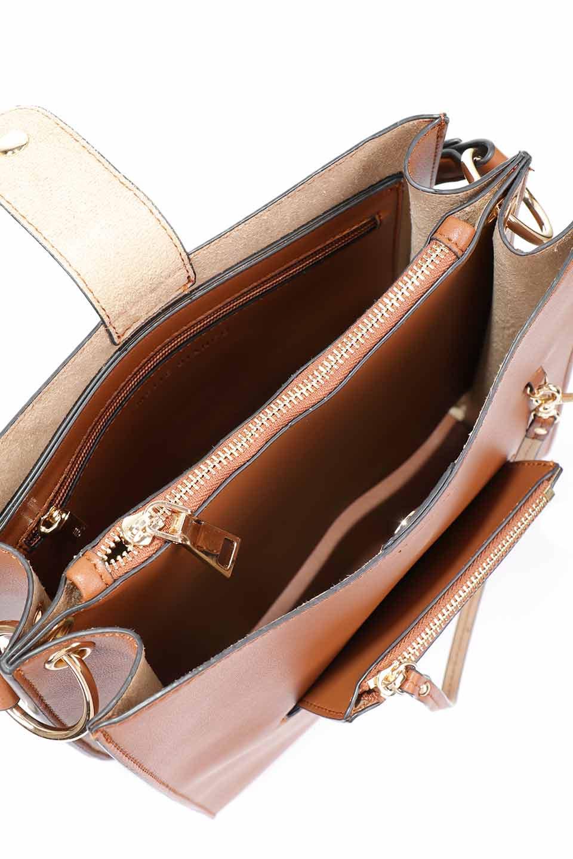 meliebiancoのAlice(Saddle)/海外ファッション好きにオススメのインポートバッグとかばん、MelieBianco(メリービアンコ)のバッグやハンドバッグ。スクエアシルエットがシャープな印象のショルダーバッグ。ファスナー付きの中央ポケットは荷室を分ける簡易仕切りになっています。/main-11