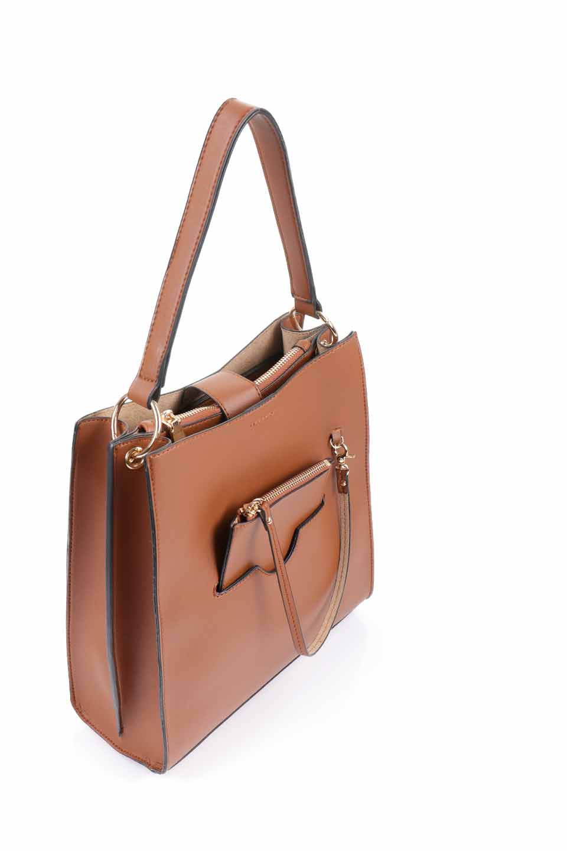 meliebiancoのAlice(Saddle)/海外ファッション好きにオススメのインポートバッグとかばん、MelieBianco(メリービアンコ)のバッグやハンドバッグ。スクエアシルエットがシャープな印象のショルダーバッグ。ファスナー付きの中央ポケットは荷室を分ける簡易仕切りになっています。/main-6