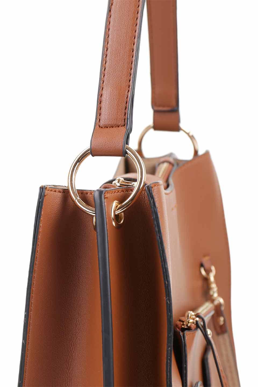 meliebiancoのAlice(Saddle)/海外ファッション好きにオススメのインポートバッグとかばん、MelieBianco(メリービアンコ)のバッグやハンドバッグ。スクエアシルエットがシャープな印象のショルダーバッグ。ファスナー付きの中央ポケットは荷室を分ける簡易仕切りになっています。/main-9