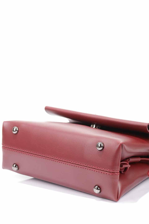 meliebiancoのRiley(Burgundy)/海外ファッション好きにオススメのインポートバッグとかばん、MelieBianco(メリービアンコ)のバッグやハンドバッグ。コンパクトでありながら2つの荷室で使いやすいショルダーバッグ。2重になったフラップのボリュームと、ふっくらしたサイドのデザインが優しい印象のバッグです。/main-18