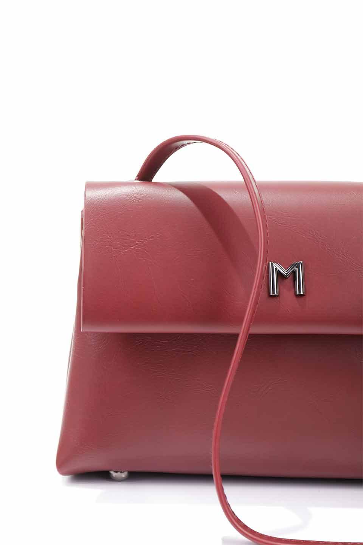 meliebiancoのRiley(Burgundy)/海外ファッション好きにオススメのインポートバッグとかばん、MelieBianco(メリービアンコ)のバッグやハンドバッグ。コンパクトでありながら2つの荷室で使いやすいショルダーバッグ。2重になったフラップのボリュームと、ふっくらしたサイドのデザインが優しい印象のバッグです。/main-19