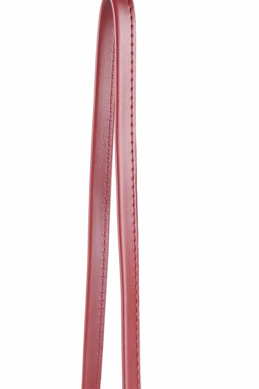 meliebiancoのRiley(Burgundy)/海外ファッション好きにオススメのインポートバッグとかばん、MelieBianco(メリービアンコ)のバッグやハンドバッグ。コンパクトでありながら2つの荷室で使いやすいショルダーバッグ。2重になったフラップのボリュームと、ふっくらしたサイドのデザインが優しい印象のバッグです。/main-8